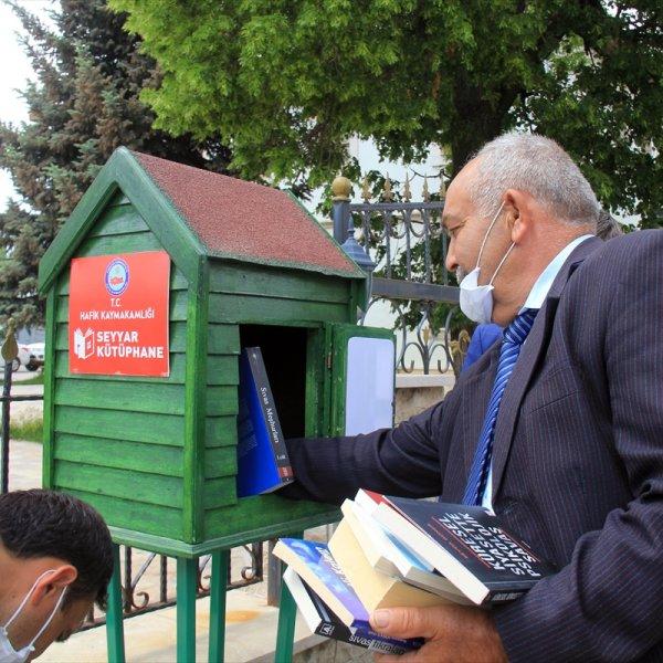 Hafik'te 'seyyar kütüphane' her yerde