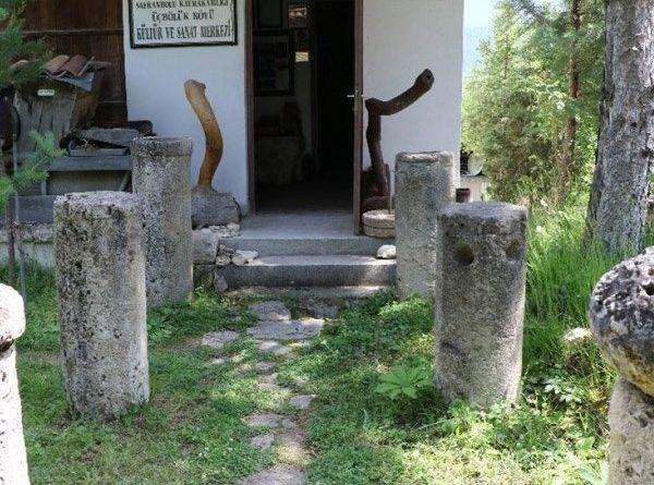 Karabük'te çevreden topladığı kalıntılarla müze açtı