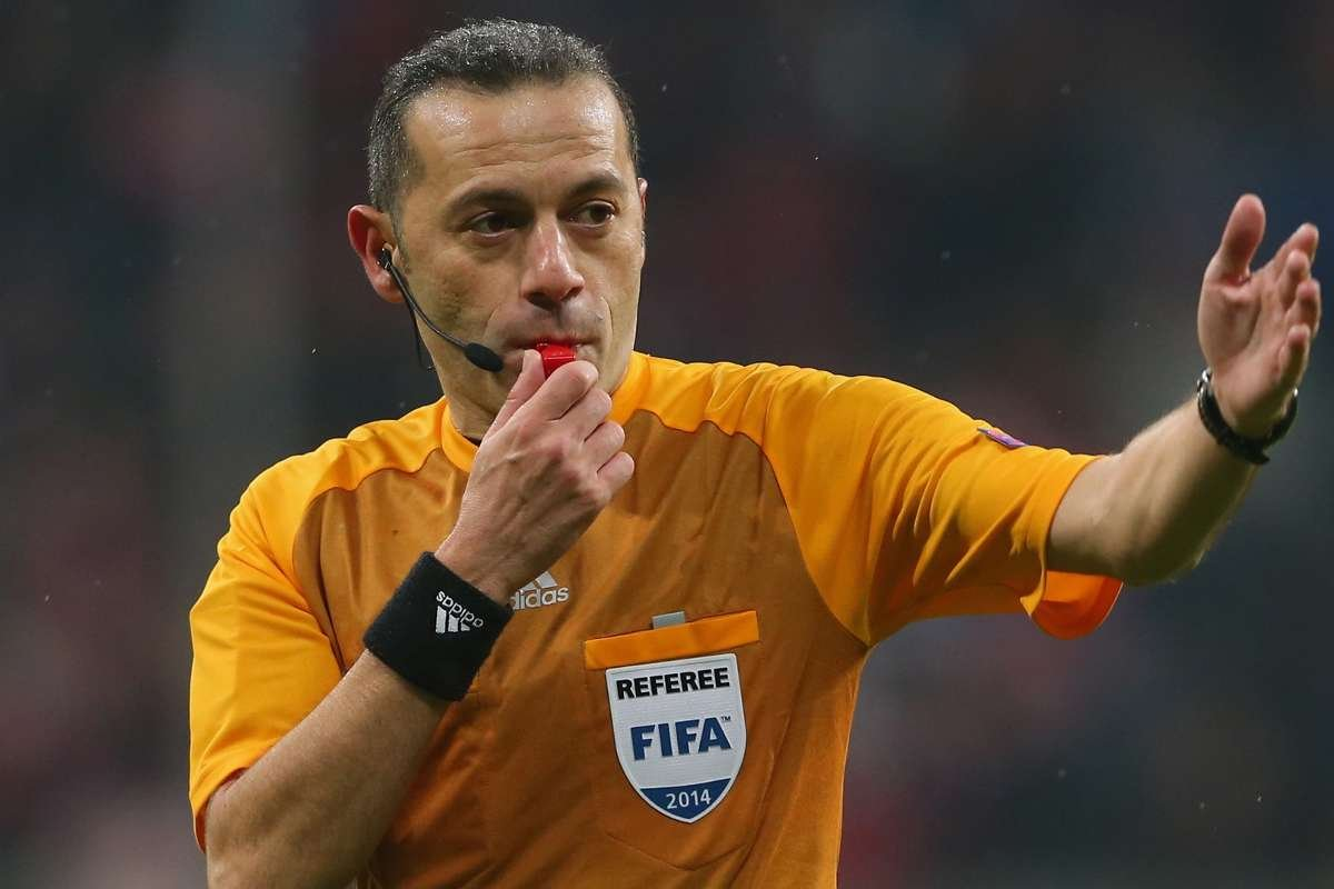 UEFA dan Cüneyt Çakır ve Halil Umut Meler e görev #1